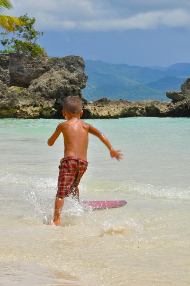 Asia_Philippines_Boracay_KidBeachBoarding_DSC_3612